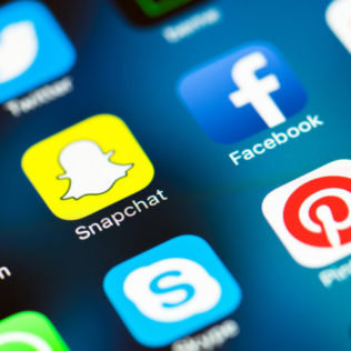 Badania pokazują, że cena Bitcoina jest związana z nastrojem w mediach społecznościowych