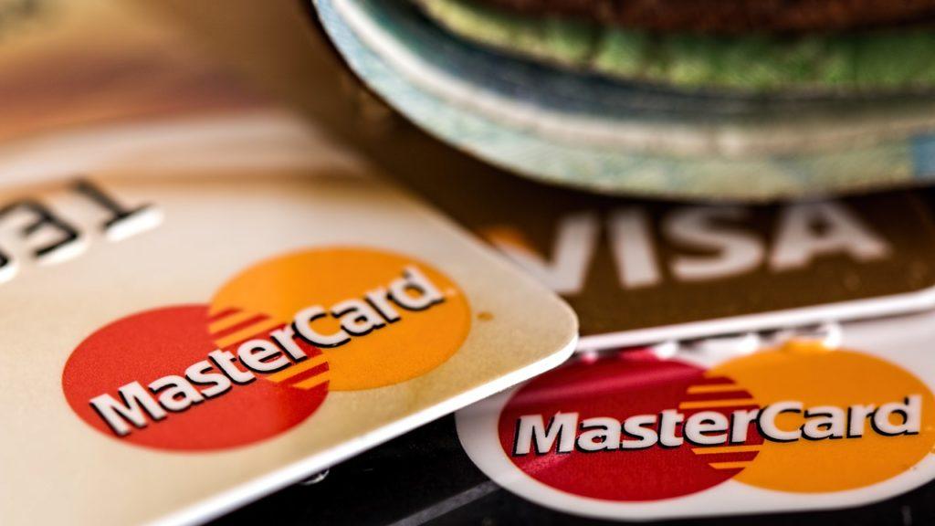 Na Binance kupisz kryptowaluty za pomocą kart Visa i Mastercard